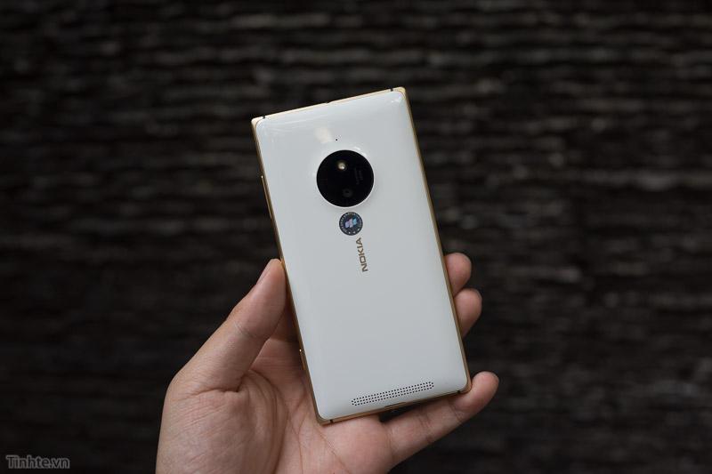 Камера Lumia 830 Gold Edition
