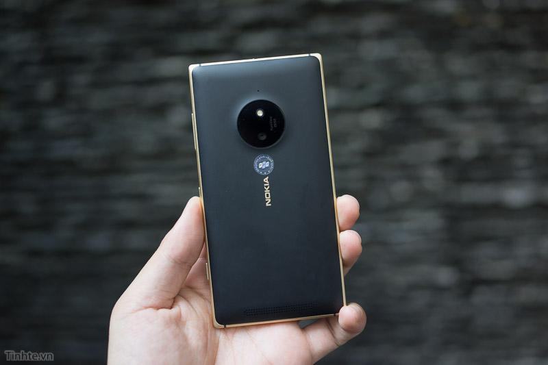 Основная камера Lumia 830 Gold Edition